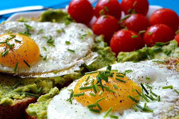 avocado eggs moms fitnessheaven