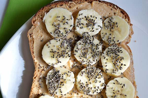 banana on toast momsfitnessheaven