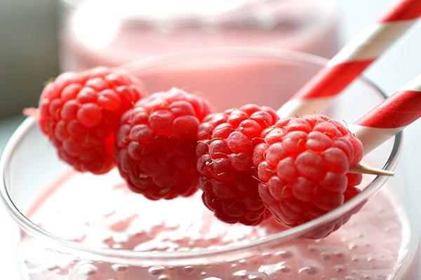 raspberry smoothie moms fitness heaven