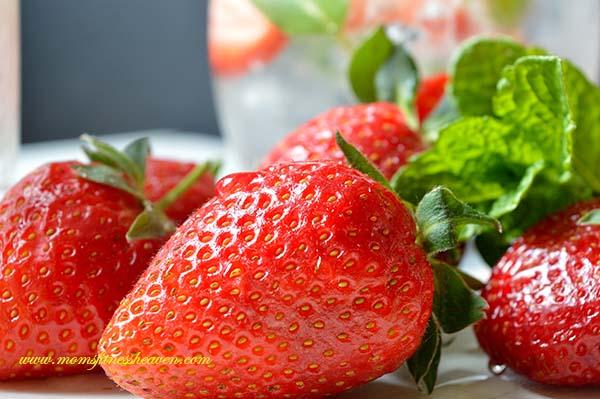 strawberries s momsfitnessheaven