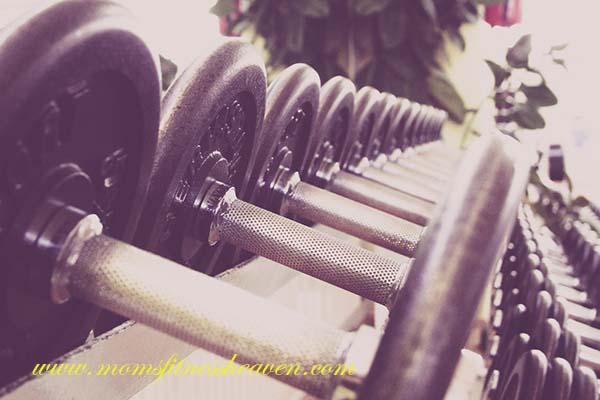 weights momsfitnessheaven