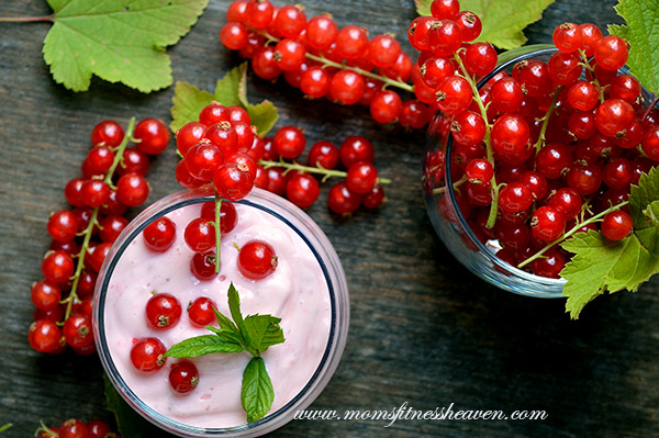red currant smoothie m