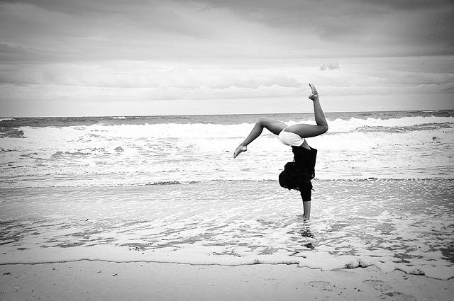 beach-677124_640