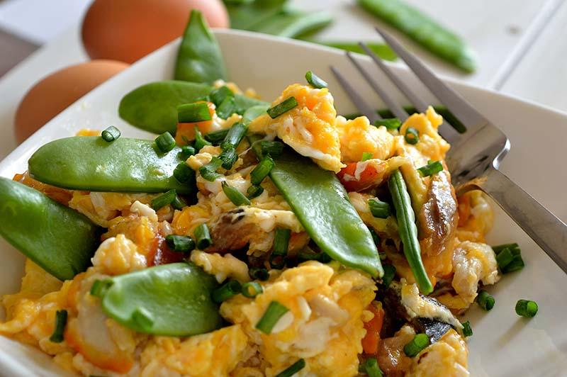 eggs veggies momsfitnessheaven
