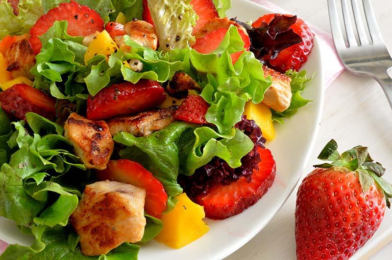 spring salad momsfitnessheaven