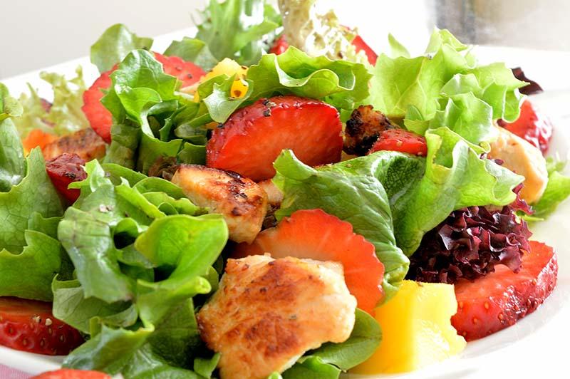 spring salads momsfitnessheaven