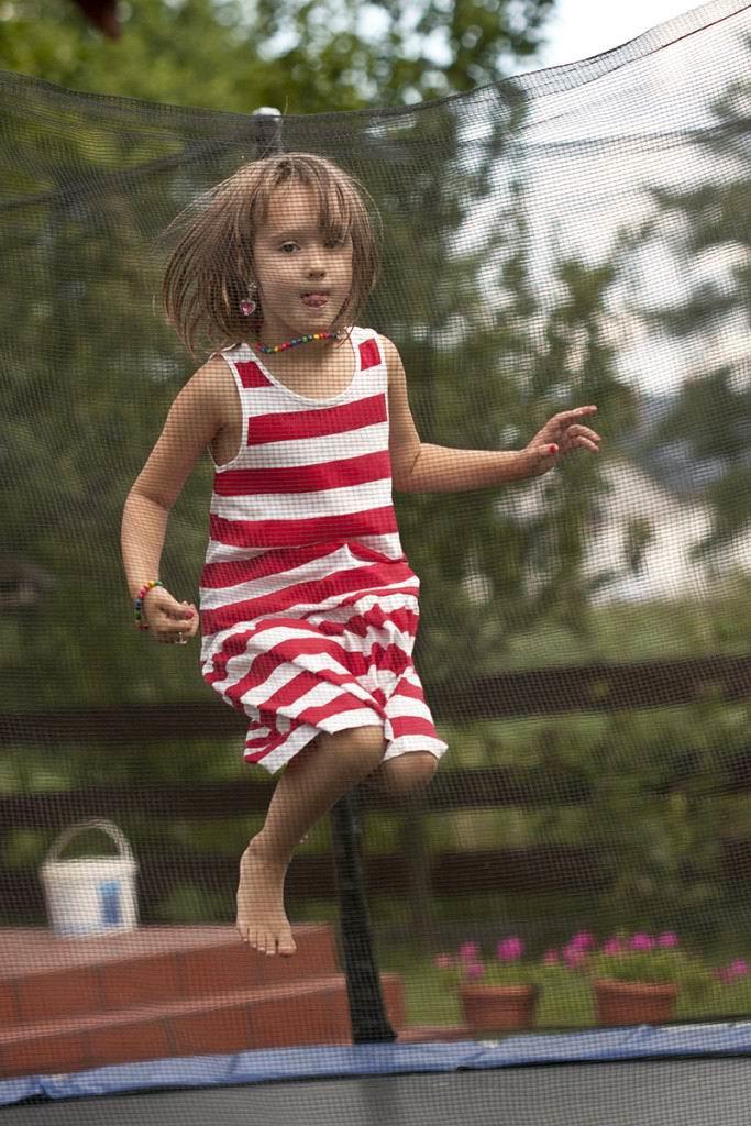 trampoline-moms-fitness-heaven-683x10241