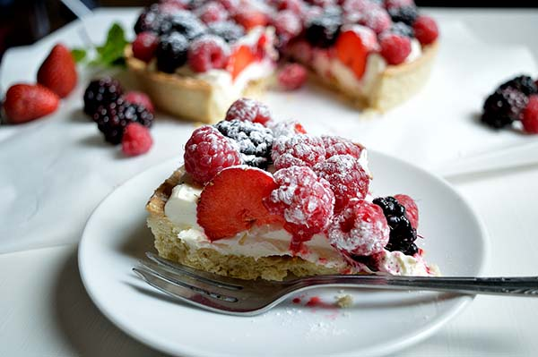 berry summer tart