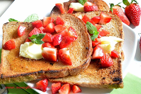 breakfast toast momsfitnessheaven