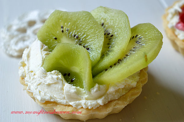 kiwi mini tart momsfitnessheaven